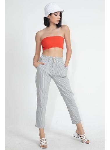 Vpr Moda Koton Kumaş Çizgili Beli Lastikli Kadın Havuç Pantolon Gri